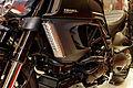 Paris - Salon de la moto 2011 - Ducati - Diavel Cromo - 005.jpg