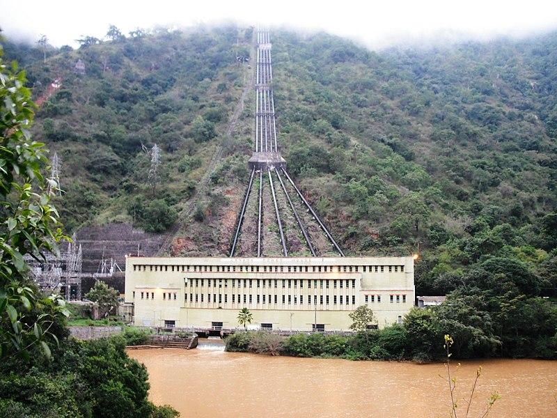 File:Pen Stock Pipe @ Gaddai Dam - panoramio.jpg