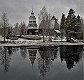 Petäjäveden vanha kirkko talvipäivänä.jpg