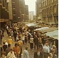 Petticoat Lane London 1971.jpg