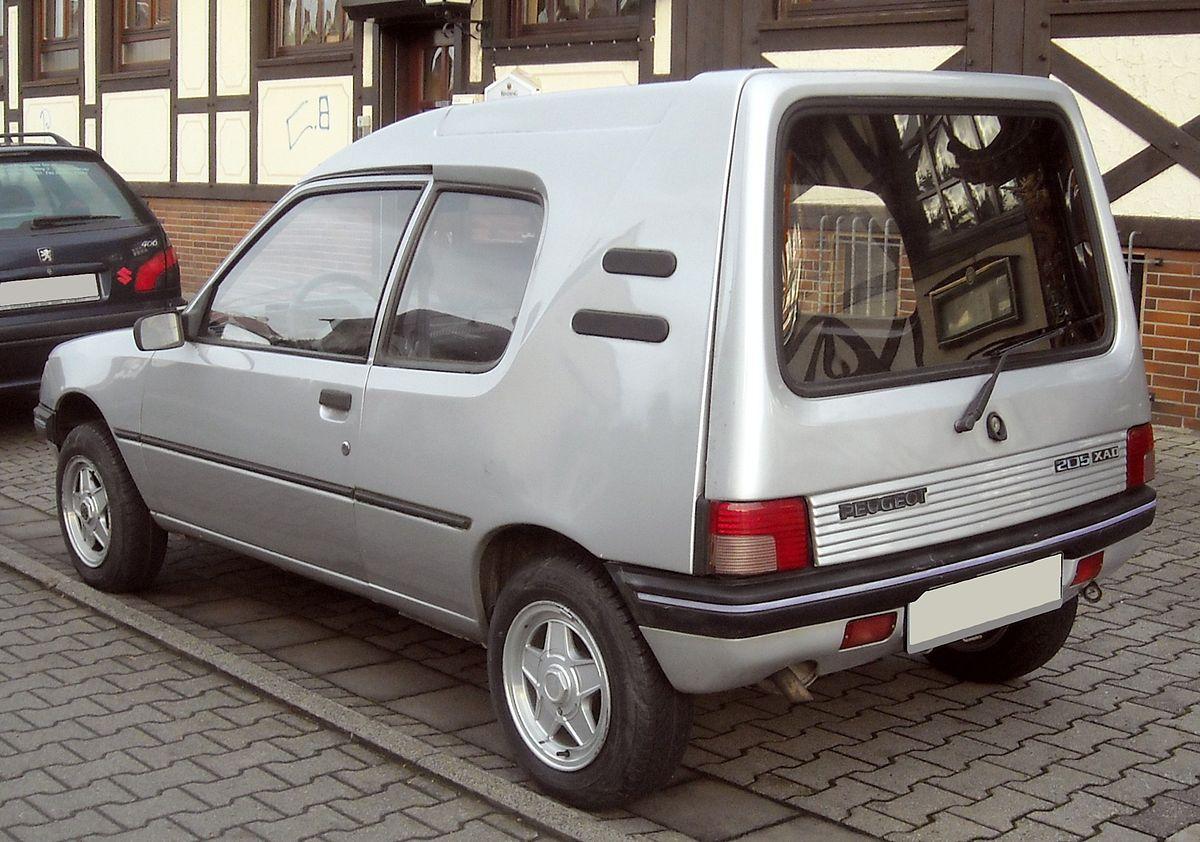 Peugeot 205 XAD rear 20091113.jpg