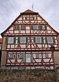 Pfarrhaus auf Herrenhof Südfassade 1312 Web.jpg