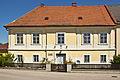 Pfarrhof in St Leonhard am Hornerwalde.jpg