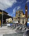 Piazza San Giovanni e omonima chiesa.jpg