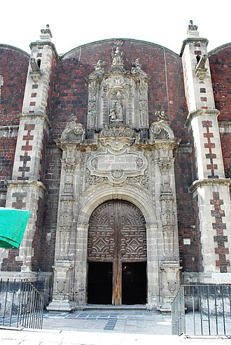Santa Veracruz Church, Mexico City - Side portal of the church