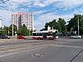 Průběžná, křižovatka Na padesátém, autobus 138.jpg