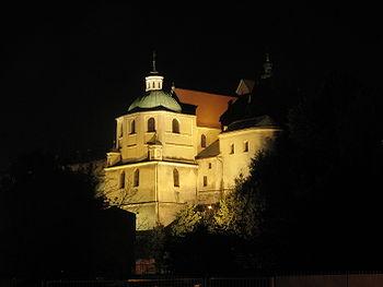 Polski: Prezbiterium kościoła oo. dominikanów