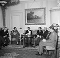 Prinses Juliana en prins Bernhard in gesprek met de Zwitserse Bondspresident en , Bestanddeelnr 252-1985.jpg