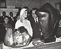 Prinses Marie Astrid van Luxemburg opent de Benelux-tentoonstelling. Bij de twee, Bestanddeelnr 111-0997.jpg