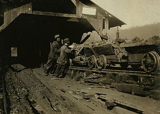 Jellico, Tennessee - A child laborer at Proctor Coal near Jellico, 1910. Photo by Lewis Hine.