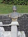 Pto Varas -busto de Arturo Prat -costanera VPerezRosales.jpg