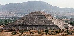 PyramidOfTheSunTeotihuacan.jpg