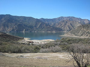 Pyramid Lake (Los Angeles County, California) - Pyramid Lake and San Emigdio Mountains.