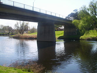 Queanbeyan River - Road bridge carrying the Kings Highway over the Queanbeyan River, in Queanbeyan