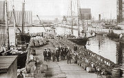 The port of Quebec City in the 19th century.