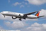 RP-C7773 Boeing 777 Philippine Airlines (14787245752).jpg