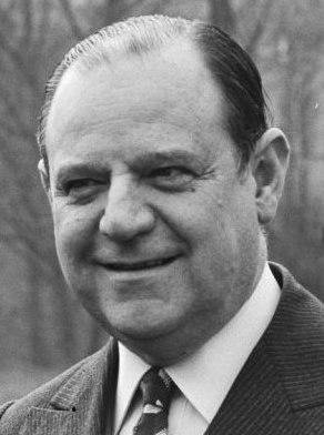Raymond Barre 1980 (cropped 2)