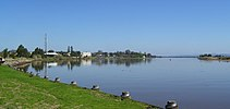 Raymond Terrace from Fitzgerald Bridge 01.jpg