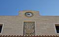 Rellotge i escut a l'ajuntament de Guardamar del Segura.JPG