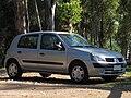 Renault Clio 1.6 Expression 2004 (15460904540).jpg