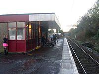 Renton railway station in 2008.jpg
