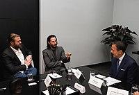 Reunião com o ator norte-americano Keanu Reeves (47530289901).jpg
