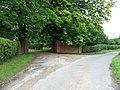 Roamwood Green Farm Entrance - geograph.org.uk - 1367601.jpg