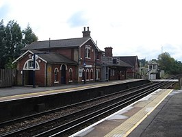 Robertsbridge Station 02.JPG