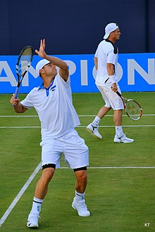 82bf6a4477b91 Andy Roddick at the Queen s Championships 2012 with Hewitt
