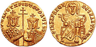 Droungarios of the Fleet - Gold solidus of Romanos I Lekapenos, who used his position as droungarios of the Fleet to become Emperor
