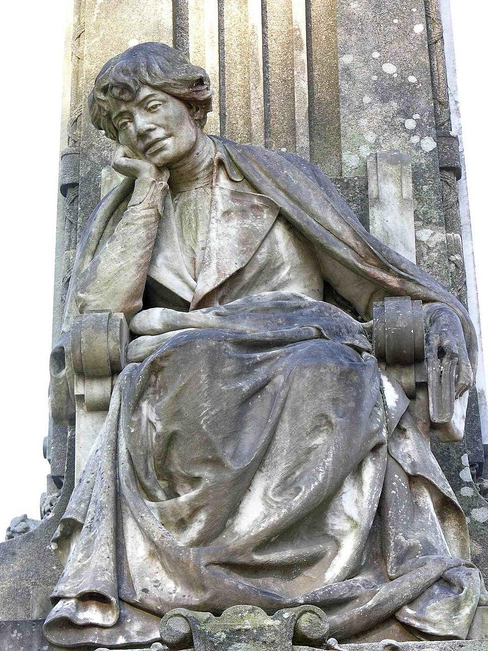 Estatua na Alameda de Santiago de Compostela.