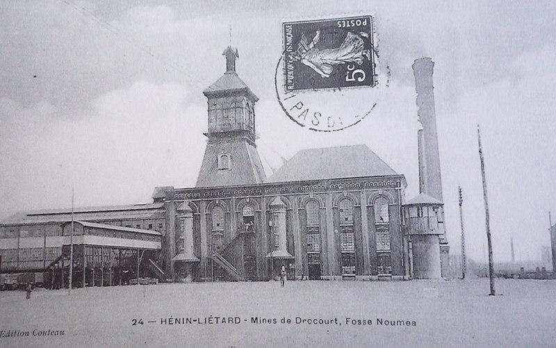 Fichier:Rouvroy - Fosse n° 2 des mines de Drocourt (A).jpg