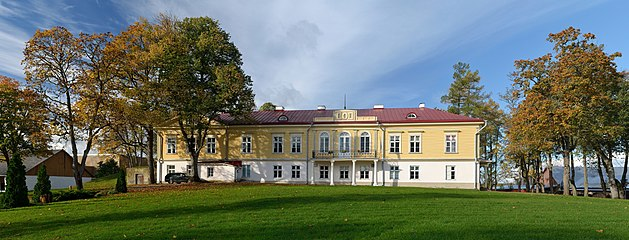 Ruila manor main building