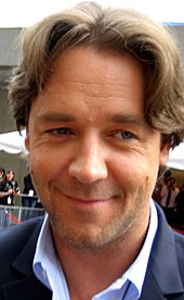 Russell Crowe in a premiere.