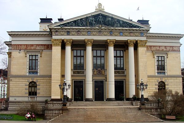 The House of the Estates in Snellmaninkatu in Helsinki was the meeting place of the lower estates Saatytalo, Standerhuset (Finland), Maison des Etats (Finlande), Houseof the Estates (Finland).jpg