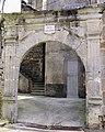 Salles-Curan - Porte Saint-Géraud.JPG
