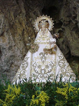 Our Lady of Covadonga - Image: Santina