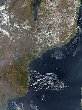 Satellite image of Mozambique in September 2002.jpg