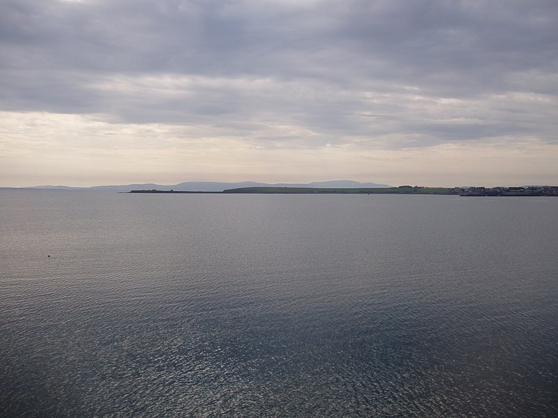 File:Scapa Flow - Churchill Barrier 1 -  kingsley - 29-JUN-09.JPG