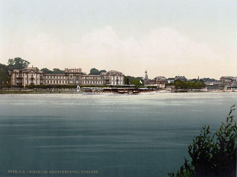 File:SchlossBiebrich1900.jpg