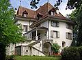 Schloss Muensingen Schweiz Sommer-1.jpg