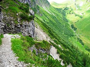 Schrofen Pass - The ascent to the Schrofen Pass - looking back