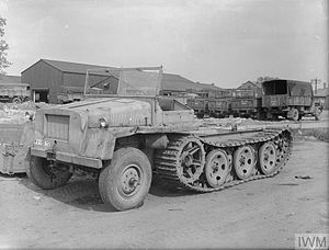 Schwere Wehrmacht Schlepper load carrier and tractor - IWM (STT 7965).jpg
