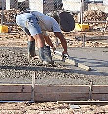 Screeding-concrete.jpg