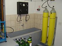 Filling Scuba Cylinders - Wikiversity