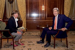 Christiane Amanpour - With U.S. Secretary of State John Kerry in Vienna, Austria, on July 14, 2015