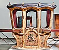 Sedan chair (37829472534).jpg