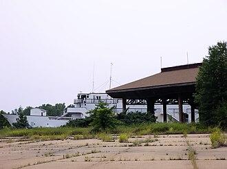 Mhoon Landing, Mississippi - Image: Ship Side