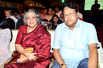 Shubha Khote - Shubha Khote with her younger brother Viju Khote