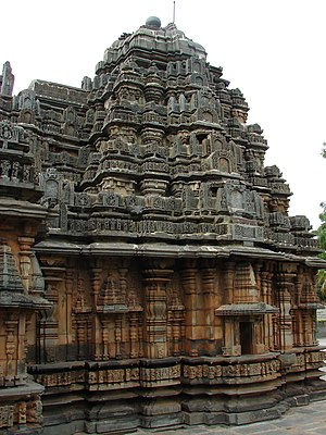 Haveri - Typical Western Chalukya dravida Vimana at Siddheshwara temple in Haveri, Karnataka